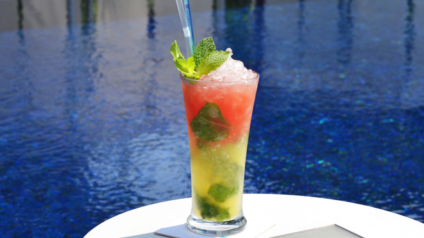 Swim up to the WET pool bar and cool off with refreshing drinks during your dip.